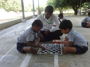 Playing chess in the presence of PET